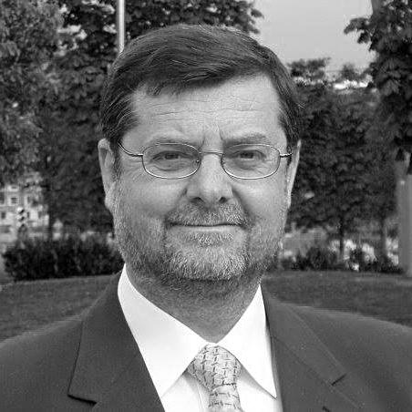 Francisco Verdú - Director del Máster - MCA - MÁSTER EN PREVENCIÓN Y TRATAMIENTO DE LAS CONDUCTAS ADICTIVAS